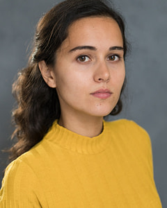 Actress Jessica Olim